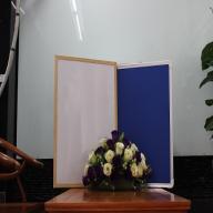 Bảng treo tường 2 mặt 1 mặt viết bút lông và 1 mặt ghim vải bố khung gỗ